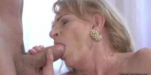 Sexy Blonde Granny Enjoys Hardcore Banging